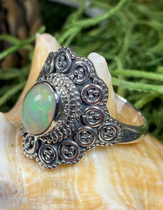 Celtic Queen Ring