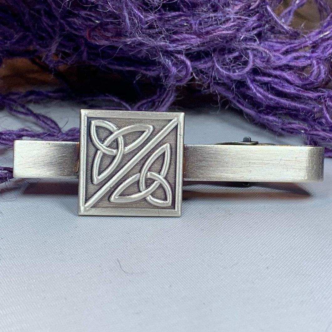 Irish Trinity Knot Tie Bar