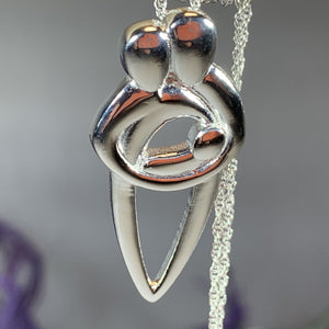 Family Knot Necklace