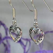 Load image into Gallery viewer, Petite Heart Earrings