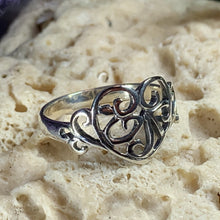 Load image into Gallery viewer, Celtic Knot Heart Ring