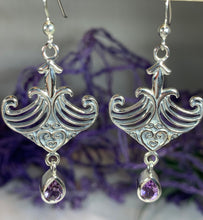 Load image into Gallery viewer, Elegant Celtic Viking Earrings