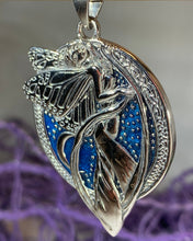 Load image into Gallery viewer, Blue Fairy Necklace