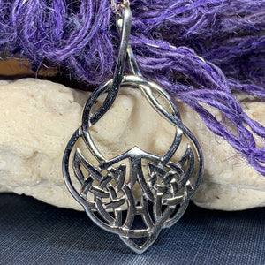Lira Celtic Knot Necklace