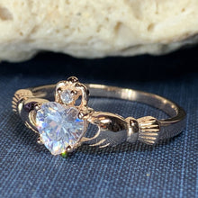 Load image into Gallery viewer, Emyvale Claddagh Ring