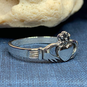 Traditional Irish Claddagh ring symbolizing love, loyalty and friendship. Sterling silver Irish jewelry Celtic Crystal Designs