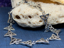 Load image into Gallery viewer, Trinity Knot Bracelet, Celtic Jewelry, Irish Jewelry, Norse Jewelry, Bridal Jewelry, Anniversary Gift, Celtic Knot Jewelry, Scotland Gift