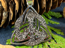 Load image into Gallery viewer, Celtic Peace Sign Necklace, Triquetra Pendant, Irish Jewelry, Celtic Jewelry, Anniversary Gift, Celtic Knot Jewelry, Trinity Knot Jewelry