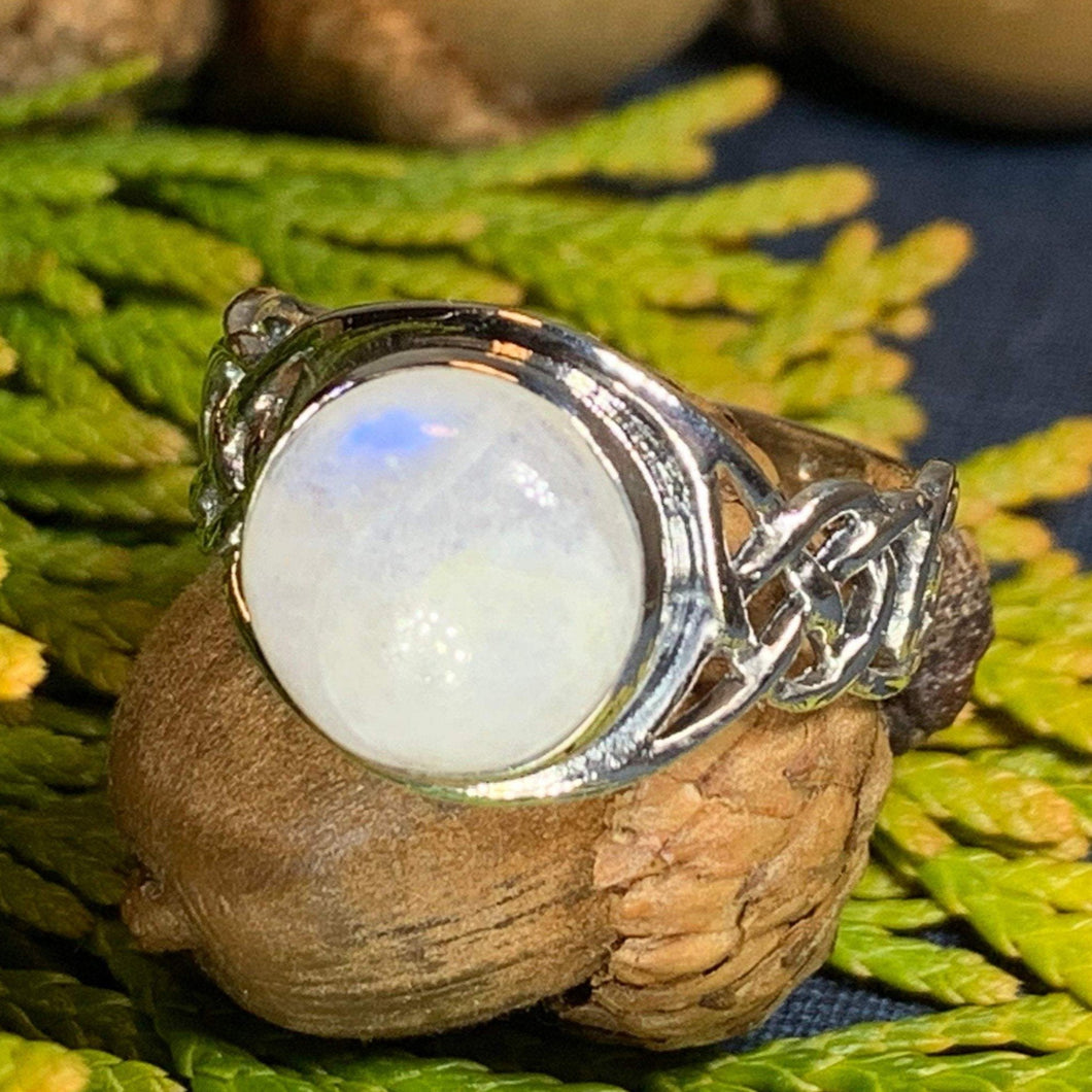Celtic Knot Ring, Moonstone Jewelry, Moonstone Ring, Irish Jewelry, Celtic Jewelry, Anniversary Gift, Wiccan Jewelry, Wife Gift, Mom Gift