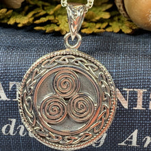 Load image into Gallery viewer, Celtic Spiral Necklace, Celtic Jewelry, Irish Jewelry, Scotland Jewelry, Norse Jewelry, Wiccan Jewelry, Pagan Jewelry, Druid Jewelry