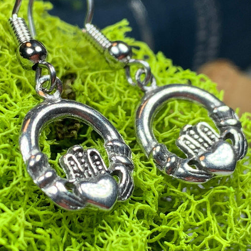 Claddagh Earrings, Celtic Jewelry, Ireland Jewelry, Irish Jewelry, Gift for Her, Mom Gift, Girlfriend Gift, Ireland Gift, Love Gift