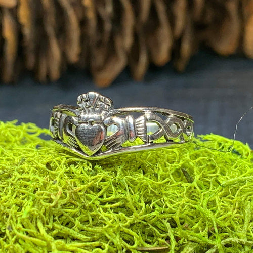 Claddagh Ring, Celtic Jewelry, Irish Jewelry, Celtic Knot Jewelry, Ireland Ring, Irish Dance Gift, Anniversary Gift, Bridal Jewelry