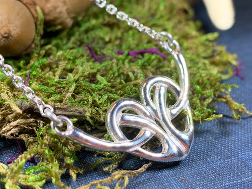 Heart Necklace, Celtic Jewelry, Celtic Knot Jewelry, Irish Jewelry, Scotland Jewelry, Love Knot Jewelry, Outlander Gift, Anniversary Gift