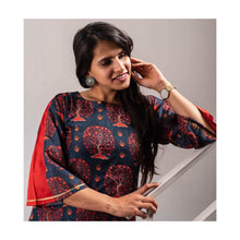 Load image into Gallery viewer, Blue Blossom Cotton Kurti - Paakhee - Handcrafting Dreams