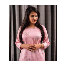 Load image into Gallery viewer, Pink Cotton Kurti - Paakhee - Handcrafting Dreams