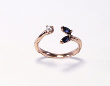 Load image into Gallery viewer, Sapphire & Pearl Open Ring