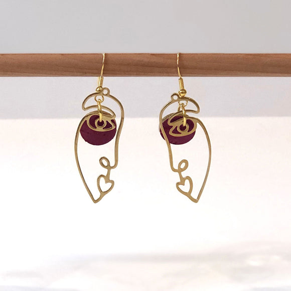 Abstract Face Earrings with Heart shaped Lips - Wine