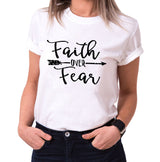 Faith over Fear - Statement Shirts - Damen T-Shirt Rundhals - Sprüche Shirts