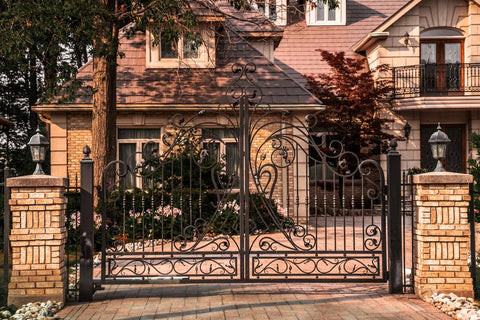 gated-house-exterior