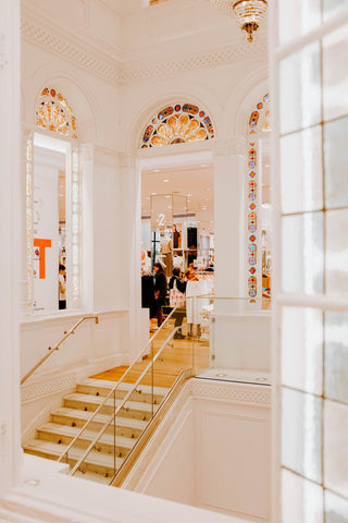 stained-glass-and-shopping