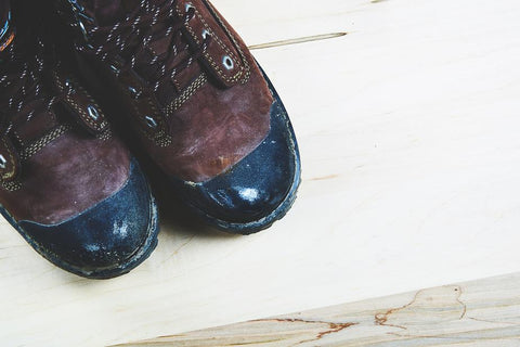 steel-toed-boots-how-to-become-a-locksmith