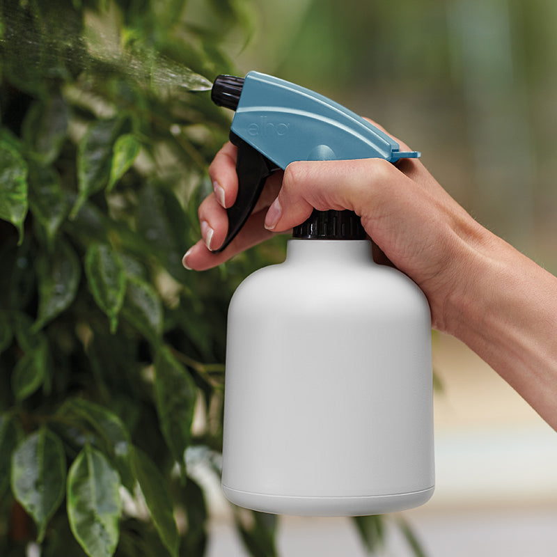 B. for soft sprayer 0.6ltr in white