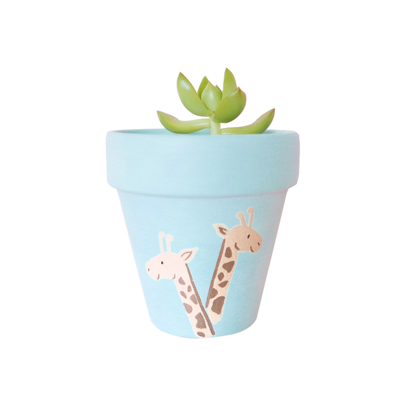 Gentle Giraffes Pot