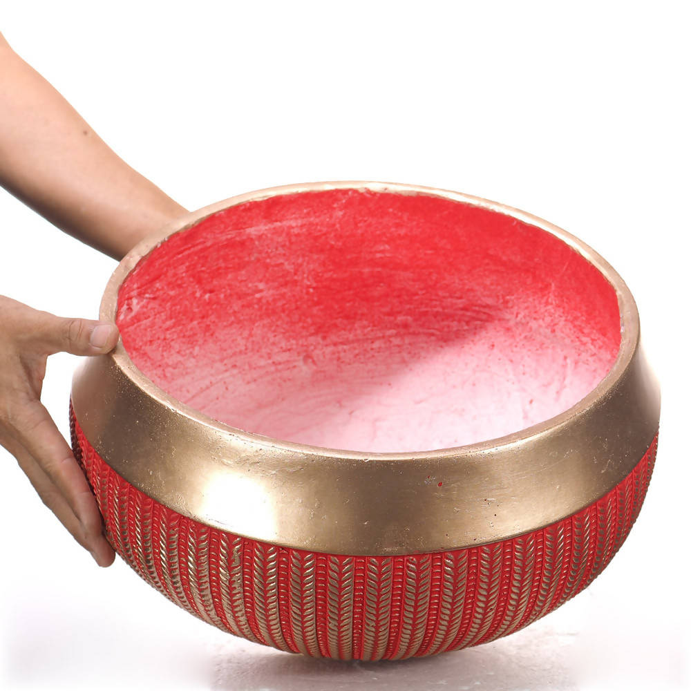 Pot Mtall Bellied Cup Engraved Gold Fringe Fiber Clay Red