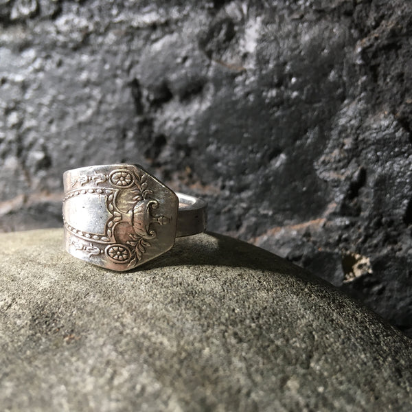 Spoon Ring a unisex design