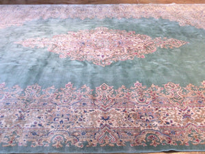 Beautiful Interior-Decorator Oriental Vintage Artisan Handknotted Tribal Design Real Wool Unique Rug