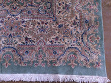 Load image into Gallery viewer, Beautiful Interior-Decorator Oriental Vintage Artisan Handknotted Tribal Design Real Wool Unique Rug