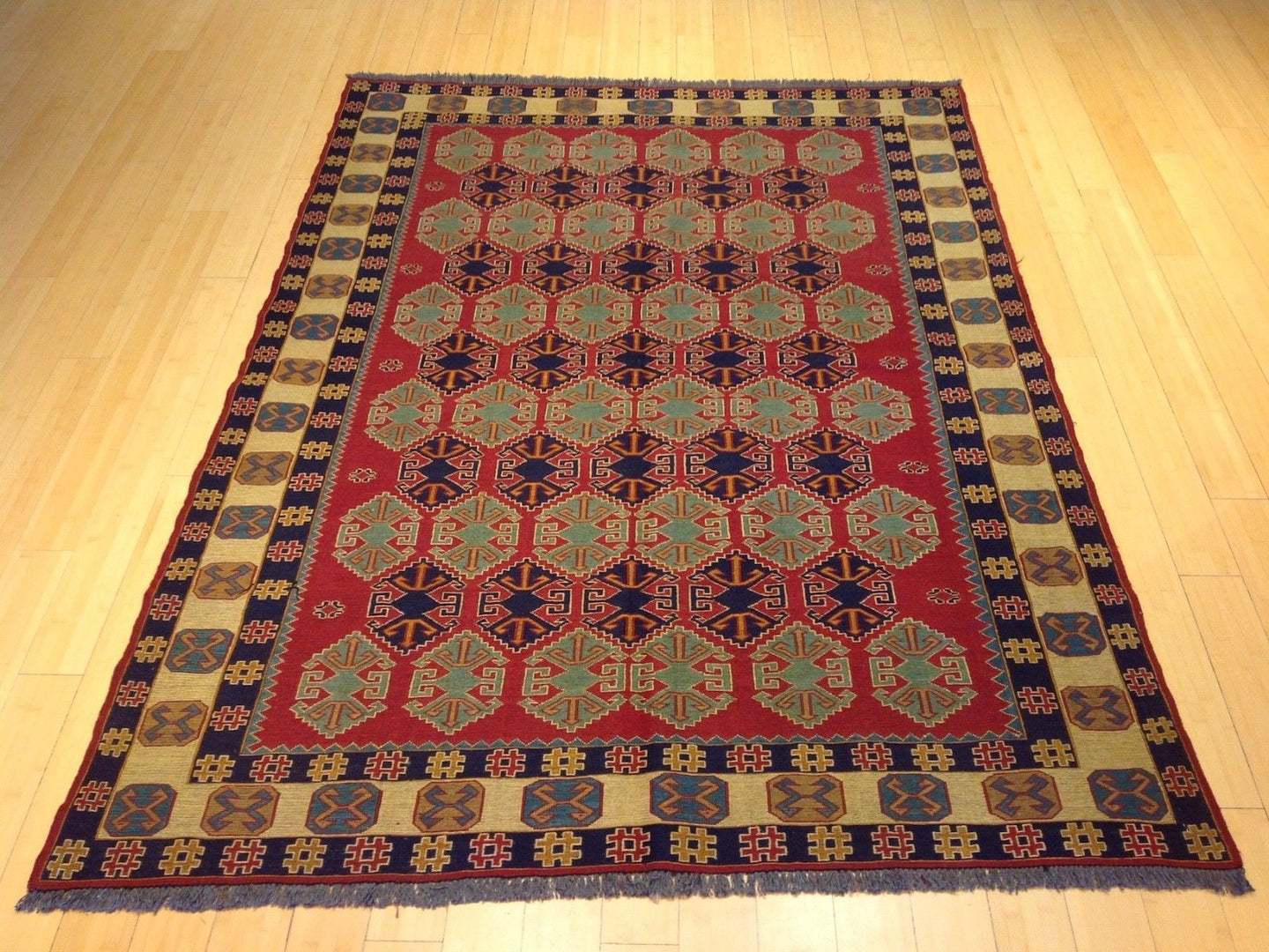 Oriental rugs, hand-knotted carpets, sustainable rugs, classic world oriental rugs, handmade, United States, interior design,  Brral-3741