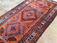 Load image into Gallery viewer, Oriental Persian Pretty Handknotted Real Wool Handmade Best Classy Amazing Unique Rug