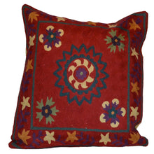 Load image into Gallery viewer, Red Southwestern Style Hand-Woven Kilim Pillow Cover Brpsf-2127
