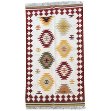 Load image into Gallery viewer, Hand-Woven Durrie Kilim Handmade Wool Flatweave Rug (Size 3.2 X 5.0) Brrsf-300