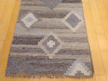 Load image into Gallery viewer, Hand-Woven Reversible Darrie Handmade Kilim Wool Rug (Size 2.7 x 9.10) Brral-5814