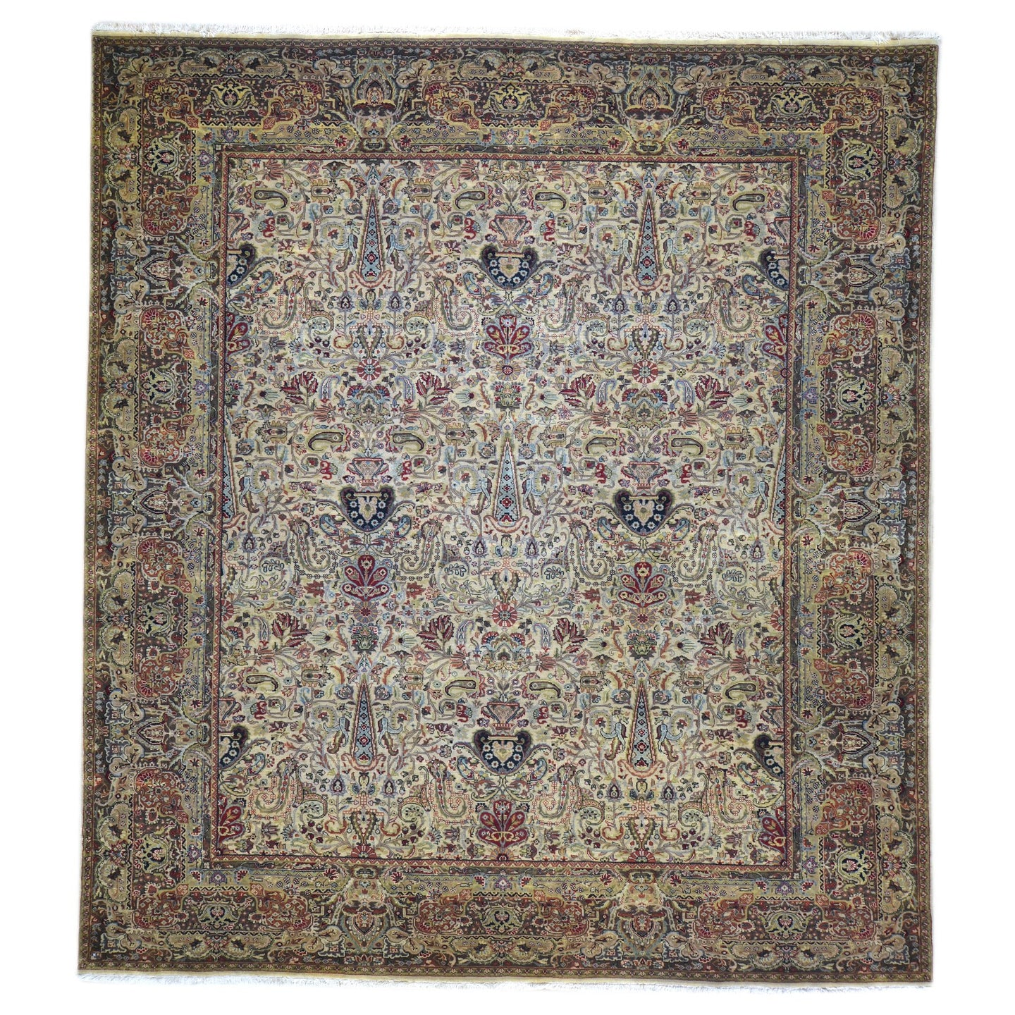 Oriental rugs, hand-knotted carpets, sustainable rugs, classic world oriental rugs, handmade, United States, interior design,  Brral-3660
