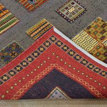 Load image into Gallery viewer, Hand-Knotted And Soumak Gabbeh Design Wool Rug (Size 5.7 X 7.9) Brral-4758