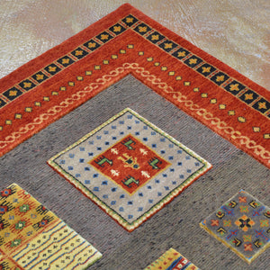 Hand-Knotted And Soumak Gabbeh Design Wool Rug (Size 5.7 X 7.9) Brral-4758