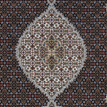 Load image into Gallery viewer, Hand-Knotted Oriental Wool Silk Mahi Rug (Size 5.2 X 7.0) Brral-6519