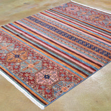 Load image into Gallery viewer, Hand-Knotted Fine Khorjin Design Wool Handmade Rug (Size 5.2 X 6.4) Brrsf-6147