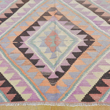 Load image into Gallery viewer, Hand-Woven Geometric Design Wool Handmade Rug (Size 5.8 X 9.5) Brrsf-6153