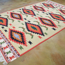 Load image into Gallery viewer, Hand-Woven Macedonian Kilim Handmade Wool Rug (Size 6.5 X 9.5) Brrsf-6159
