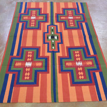 Load image into Gallery viewer, Chain-Stitched Kashmir Southwestern Handmade Wool Rug (Size 4.0 X 6.0) Brrsf-918