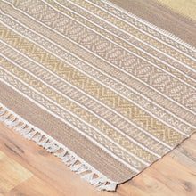 Load image into Gallery viewer, Hand-Woven Reversible Flatweave Wool Kilim Rug (Size 5.1 X 7.7) Brral-4179