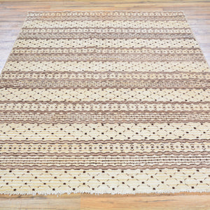 Hand-Knotted Modern Gabbeh Style Wool Rug (Size 4.7 X 6.7) Brral-807