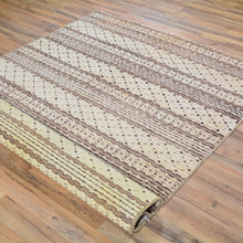 Load image into Gallery viewer, Hand-Knotted Modern Gabbeh Style Wool Rug (Size 4.7 X 6.7) Brral-807