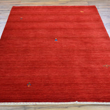 Load image into Gallery viewer, Hand-Loomed Solid Red Modern Gabbeh Wool Rug (Size 4.0 X 6.0) Brral-2418