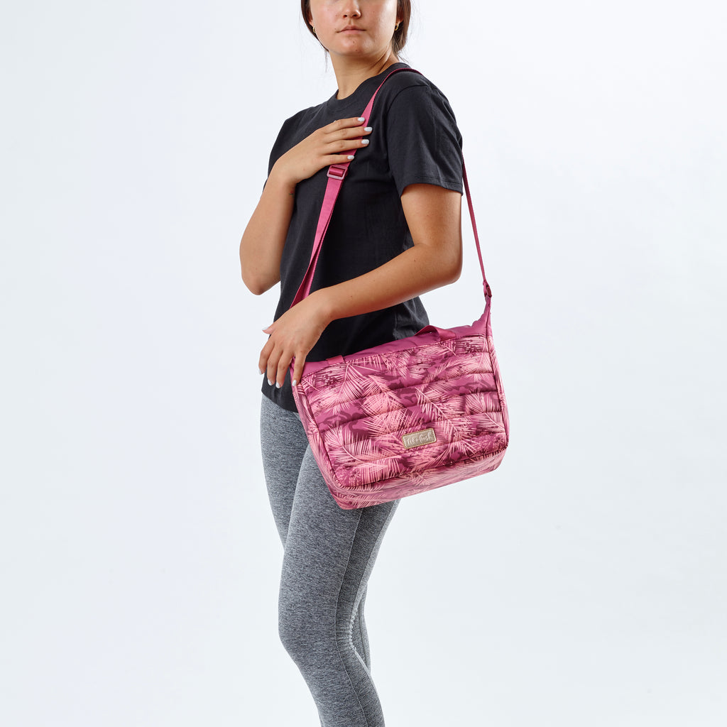 Berry Palm Wayland Quilted Lunch Bag