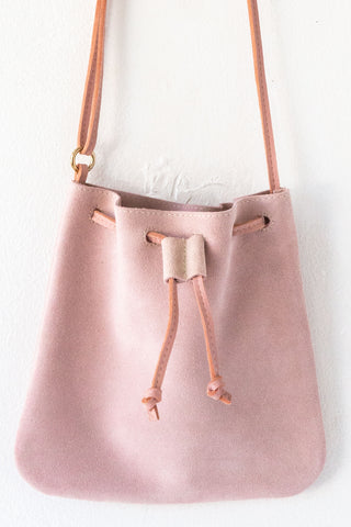 d/e goods small petal suede cross body bag